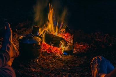 Bijkomen bij een knappend vuurtje