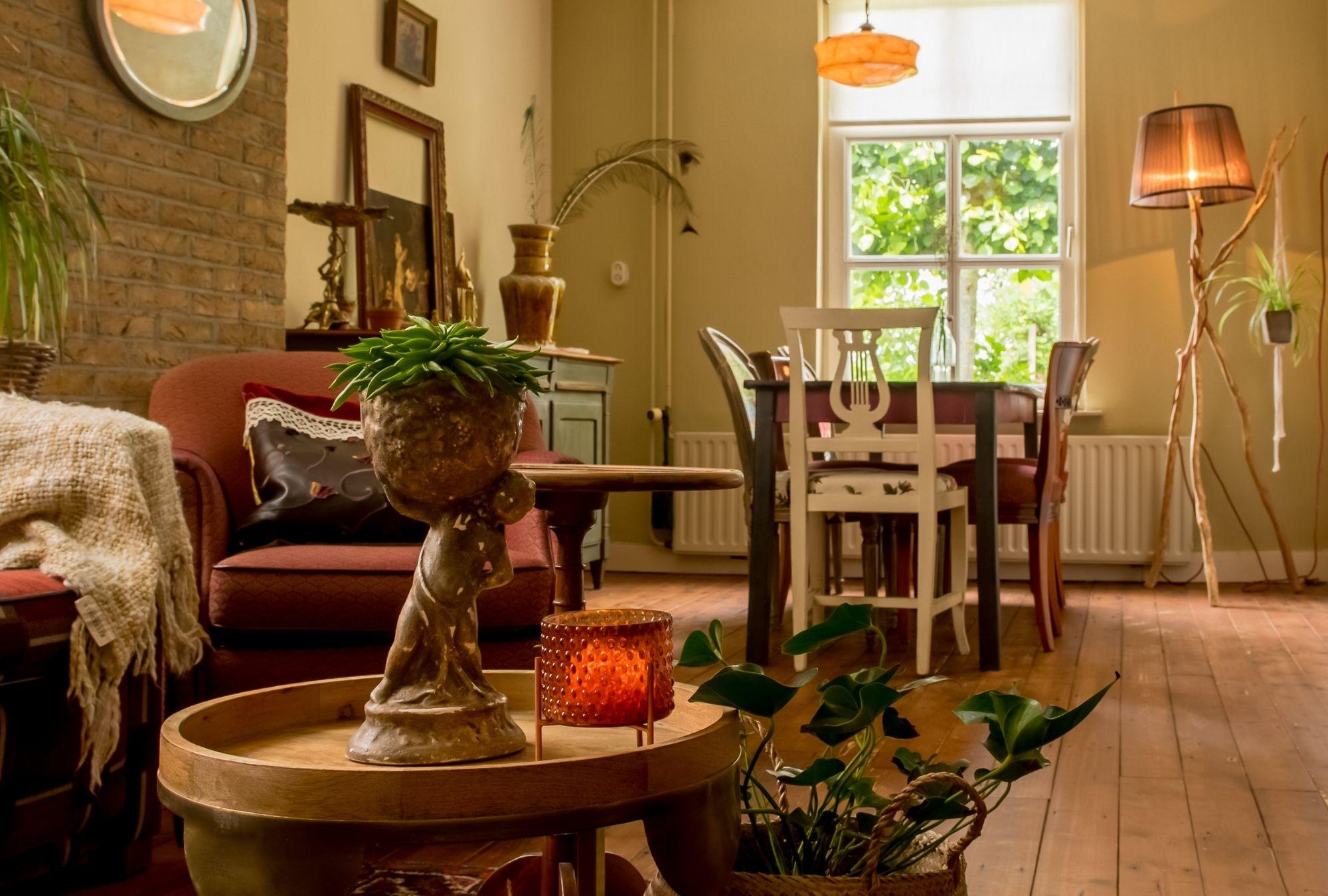 Huiskamer - Gastenverbijf het voorhuis